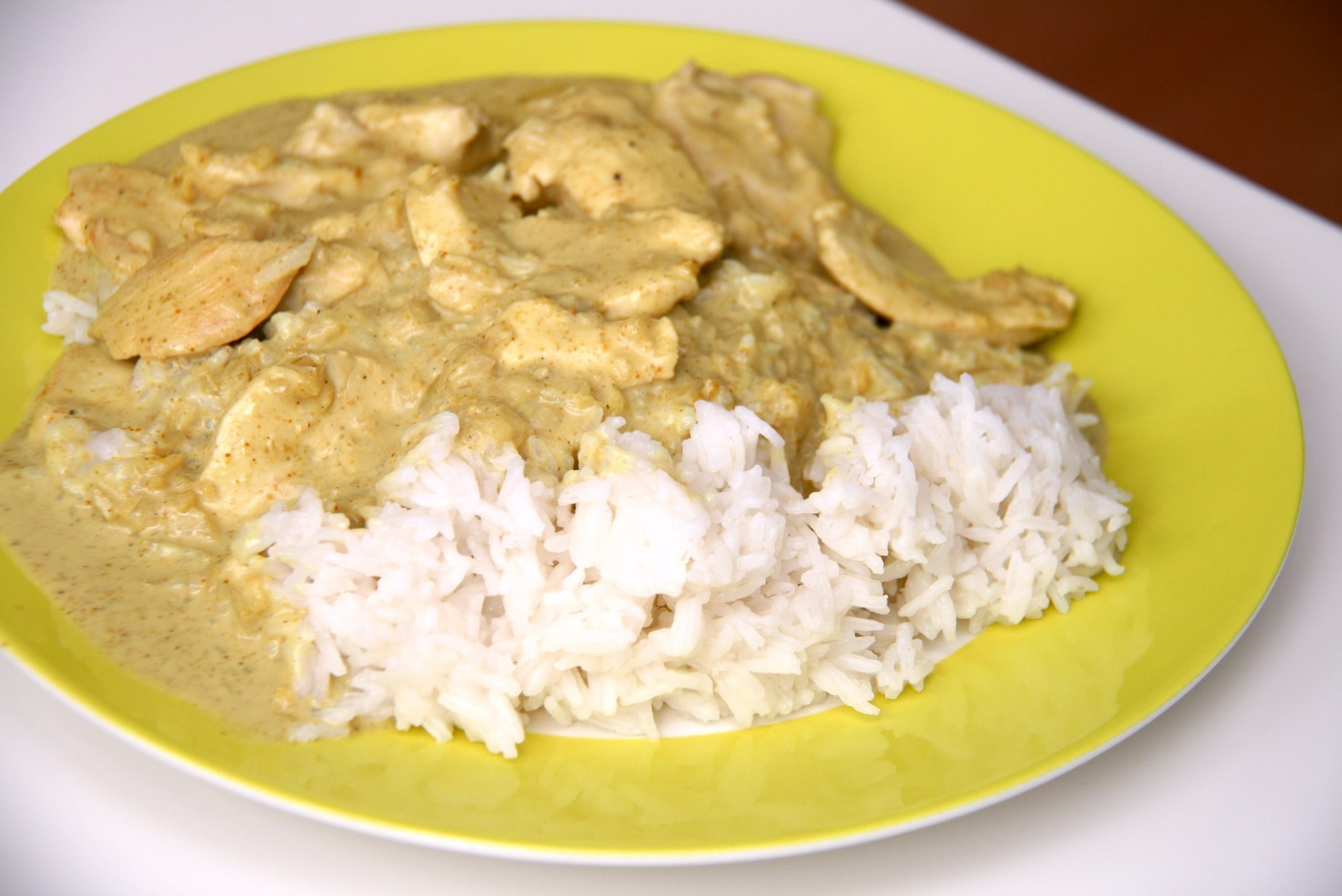 recette aiguillettes de poulet sauce curry avec riz au cookeo cookeo mania. Black Bedroom Furniture Sets. Home Design Ideas
