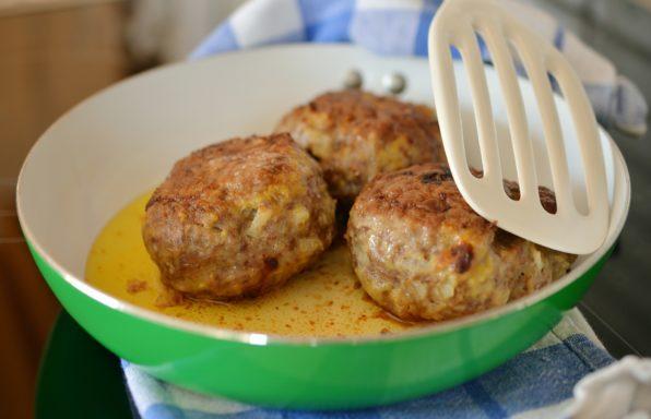 Boulette de viande au fromage au cookeo
