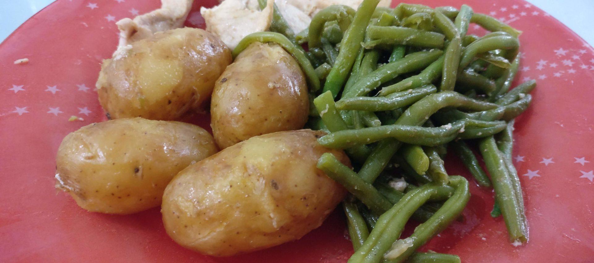 Poulet pommes de terre grenaille haricots verts au cookeo