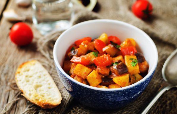 Goulash d'aubergine et pommes de terre au cookeo