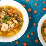 Soupe de poulet et pâtes tricolores au cookeo