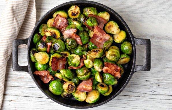 Choux de Bruxelles et bacon rôti à l'extra crisp au cookeo